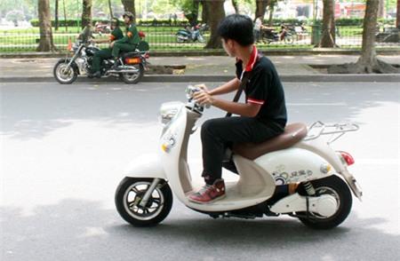 Miễn thuế trước bạ xe máy điện đến giữa năm 2016