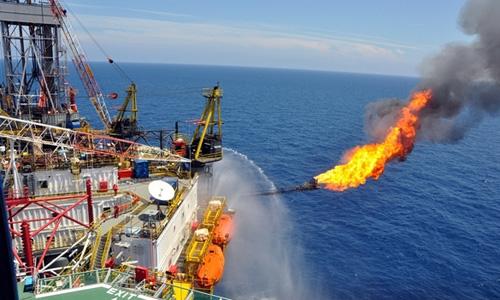 Năm 2015 Việt Nam mất 3 tỷ USD vì giá dầu liên tục giảm